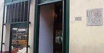 La Puerta Falsa.  Fuente: www.colombia.com/gastronomia
